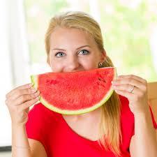 frutta della stagione estiva